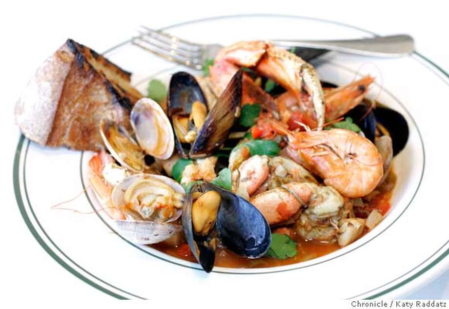 d.28_SAMS_074_RAD.jpg SHOWN: Cioppino. Sam's Chowder House is a new restaurant in Half Moon Bay, at 4210 N. Cabrillo Hwy. These photos were made on Tuesday, Jan. 9, 2007, in Half Moon Bay, CA. (Katy Raddatz/SF Chronicle) Ran on: 01-28-2007  A classic cioppino at Sam's is flavorful, but it's difficult to get at the crab without the proper utensils. Photo: Katy Raddatz