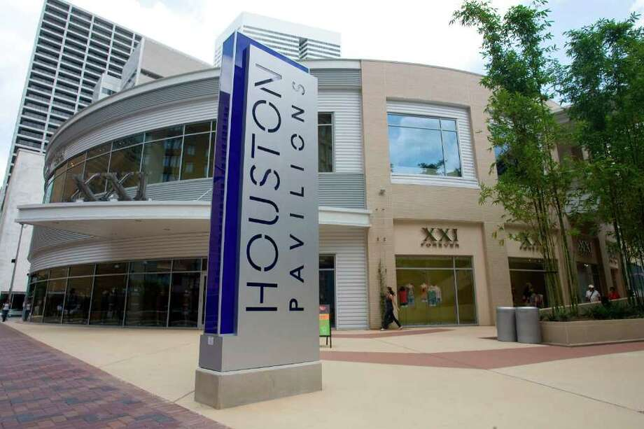 The studio would be a big help to Houston Pavilions, which has been beset by financial problems. (Billy Smith II/Chronicle) Photo: Billy Smith II / Houston Chronicle