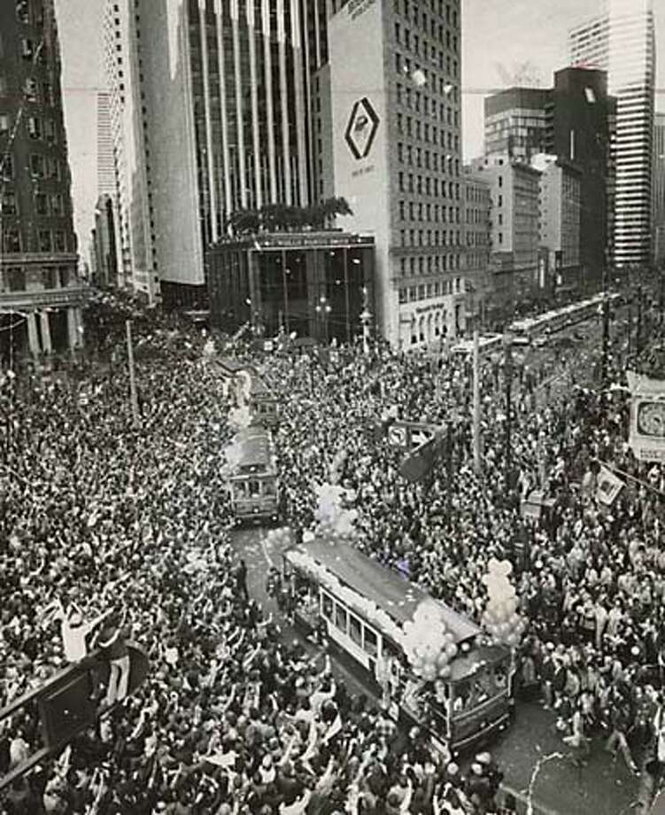 Victory parade for S.F. 49ers, winners of 1982 Super Bowl. MANDATORY CREDIT FOR PHOTOG AND SF CHRONICLE/ -MAGS OUT Photo: Eric Luse