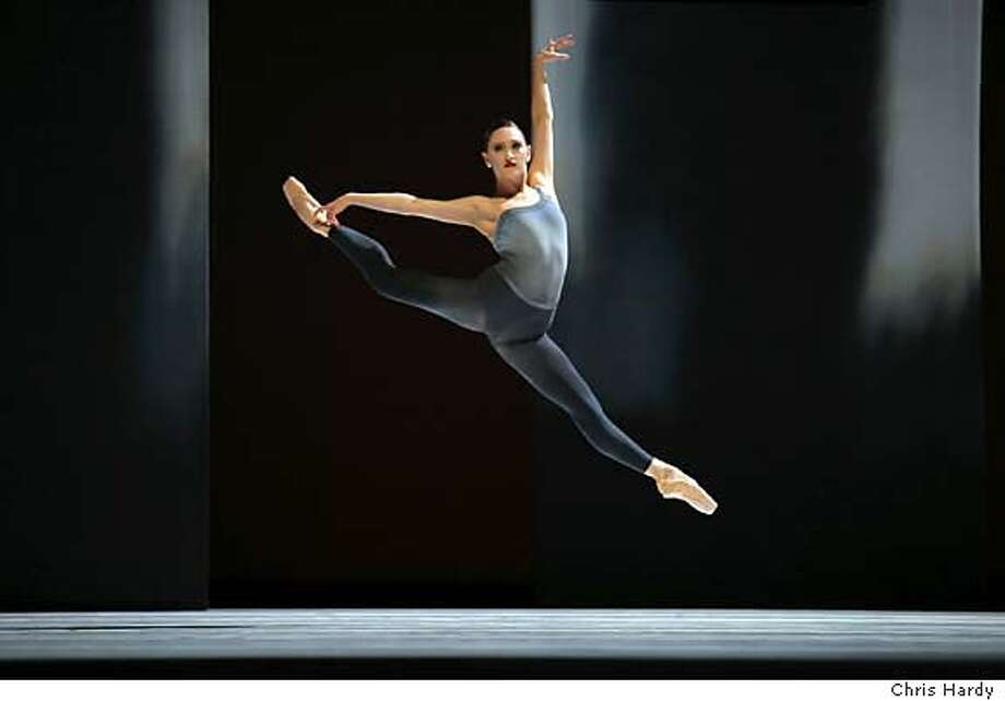 APPROVED NOT PURCHASED  2006 Repertory - Program 5  Sarah Van Patten in Tomasson's The Fifth Season.  (� Chris Hardy) Photo: Chris Hardy