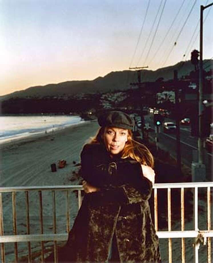 jones23_PH2.jpg for jones23 ; Singer Ricki Lee Jones, 2003 , / HO MANDATORY CREDIT FOR PHOTOG AND SF CHRONICLE/ -MAGS OUT Photo: Ho