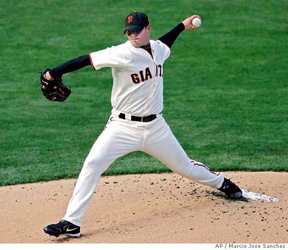 San Francisco Giants starter Noah Lowry throws to the St. Louis Cardinals in the first inning on Sunday, July 10, 2005 in San Francisco, Calif. (AP Photo/Marcio Jose Sanchez) Photo: MARCIO JOSE SANCHEZ