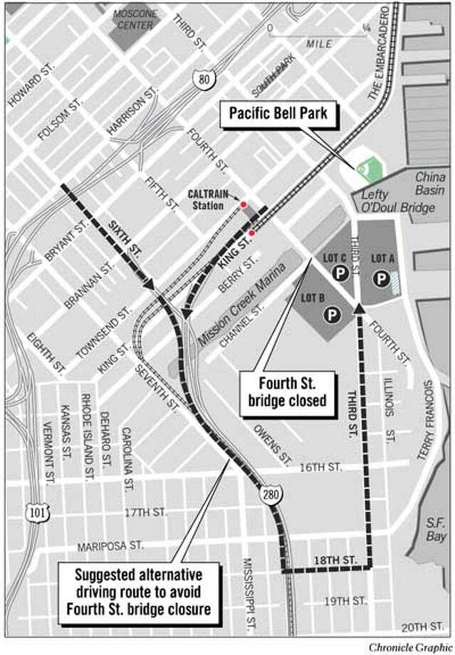 Fourth Street Bridge Closed. Chronicle Graphic