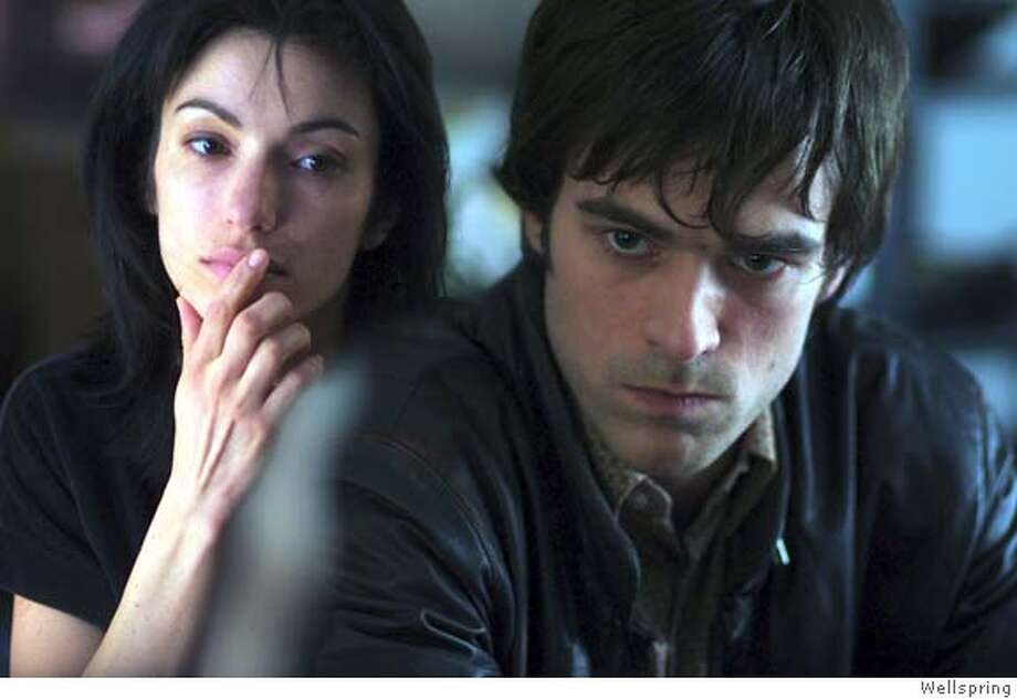 BEAT08 The Beat That My Heart Skipped- Director Jacques Audiard  Aure Atika as Aline and Romain Duris as Thomas