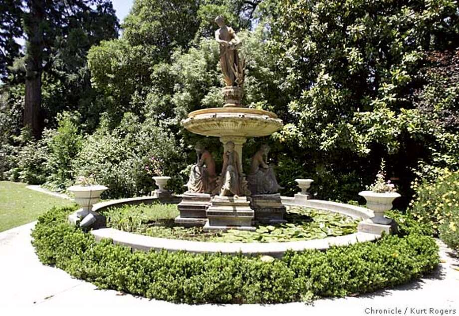 The fountain located in Atherton The new owner Manuel Henriquez is having trying to fiend a new location for it.  FOUNTAIN_0005_kr.JPG 5/11/05 in ATHERTON,CA.  KURT ROGERS/THE CHRONICLE MANDATORY CREDIT FOR PHOTOG AND SF CHRONICLE/ -MAGS OUT Photo: KURT ROGERS
