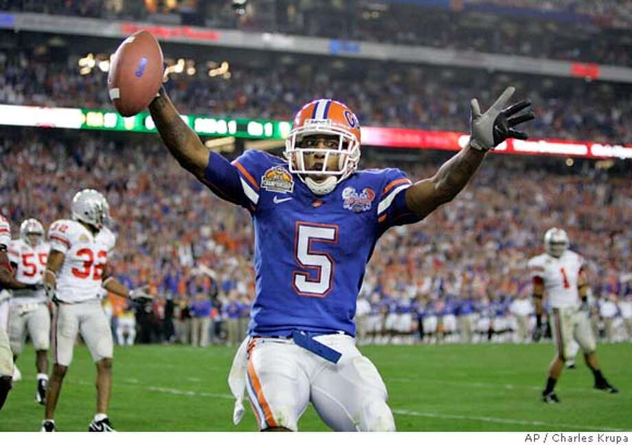 Florida wide receiver Andre Caldwell celebrates his touchdown in the second quarter at the BCS national championship football game in Glendale, Ariz., on Monday, Jan. 8, 2007. (AP Photo/Charles Krupa) Photo: Charles Krupa