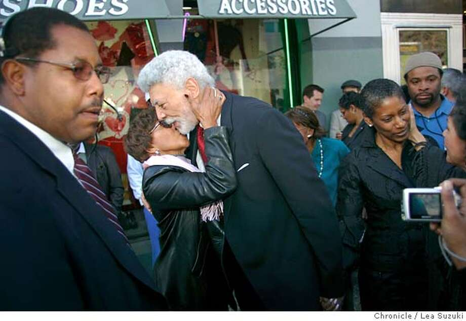 Mayor Ron Dellums greets well wishers in front of the Paramount Theatre on his way to the receiving line in front of the theater on Broadway.  Ron Dellums is scheduled to be publicly sworn in as Oakland's 48th mayor at the city's official inaugural ceremony at the Paramount Theatre on Monday, January 8, 2006. Immediately after the ceremony, Dellums will greet well-wishers in a receiving line on Broadway in front of the main entrance to the theater. Photo by Lea Suzuki/The San Francisco Chronicle  Photo taken on 1/8/07, in Oakland, CA. **(themselves) cq. Photo: Lea Suzuki