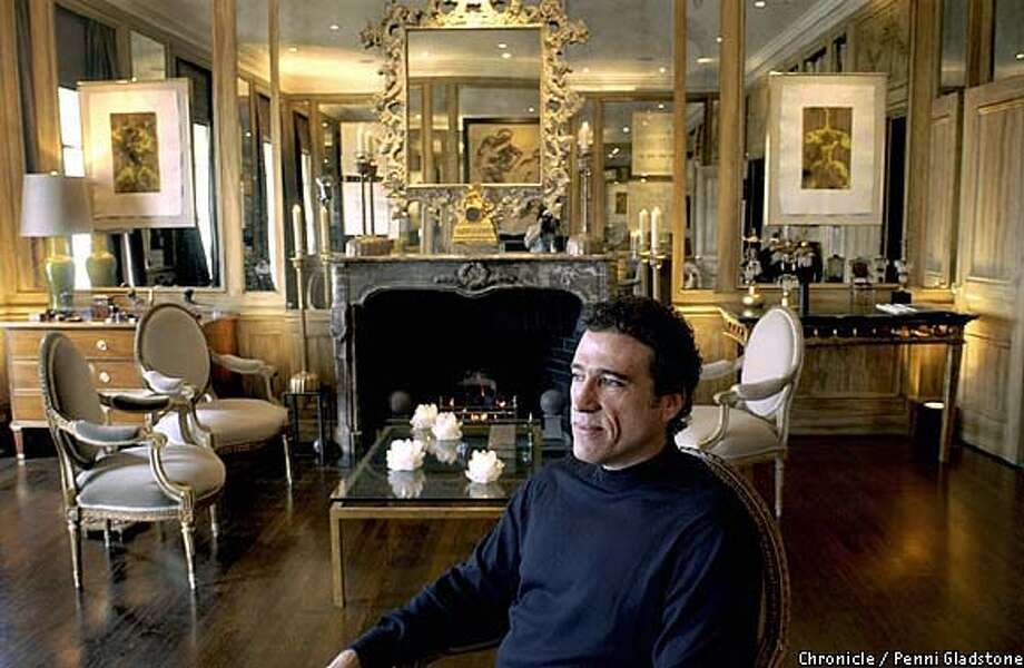 APARTMENT-C-26FEB03-MG-PG jeffry weisman, an interior designer who has lived in this apt for 20 years has redone just about every space SAN FRANCISCO CHRONICLE PHOTO BY PENNI GLADSTONE