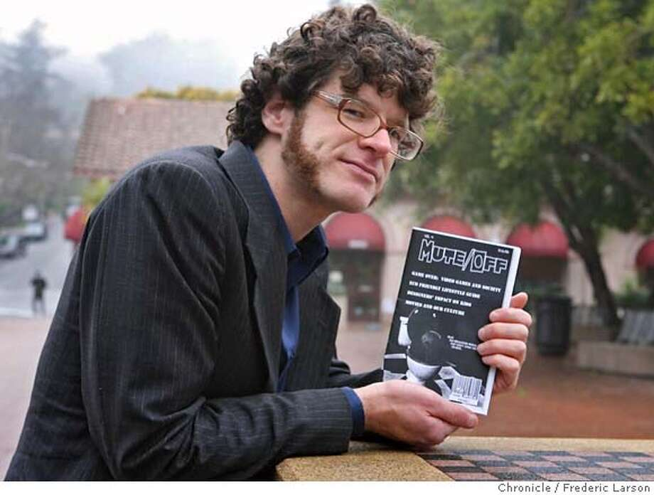 Robert Ovetz an instructor at the Art Institute of California-San Francisco was let go after objecting to censorship by the college�s administration of a cultural magazine students produced as a final project for his cultural studies class.  1/4/07  {Photographed by Frederic Larson} MANDATORY CREDIT FOR PHOTOGRAPHER AND SAN FRANCISCO CHRONICLE/ -MAGS OUT Photo: Frederic Larson
