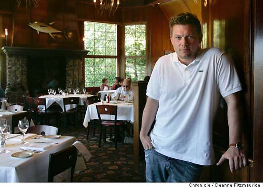 cooksnight16_040_df.JPG  Tyler Florence with Food Productions in New York, goes into the dining room at Buckeye Roadhouse for lunch in Mill Valley.  San Francisco Chronicle/ Deanne Fitzmaurice Photo: Deanne Fitzmaurice