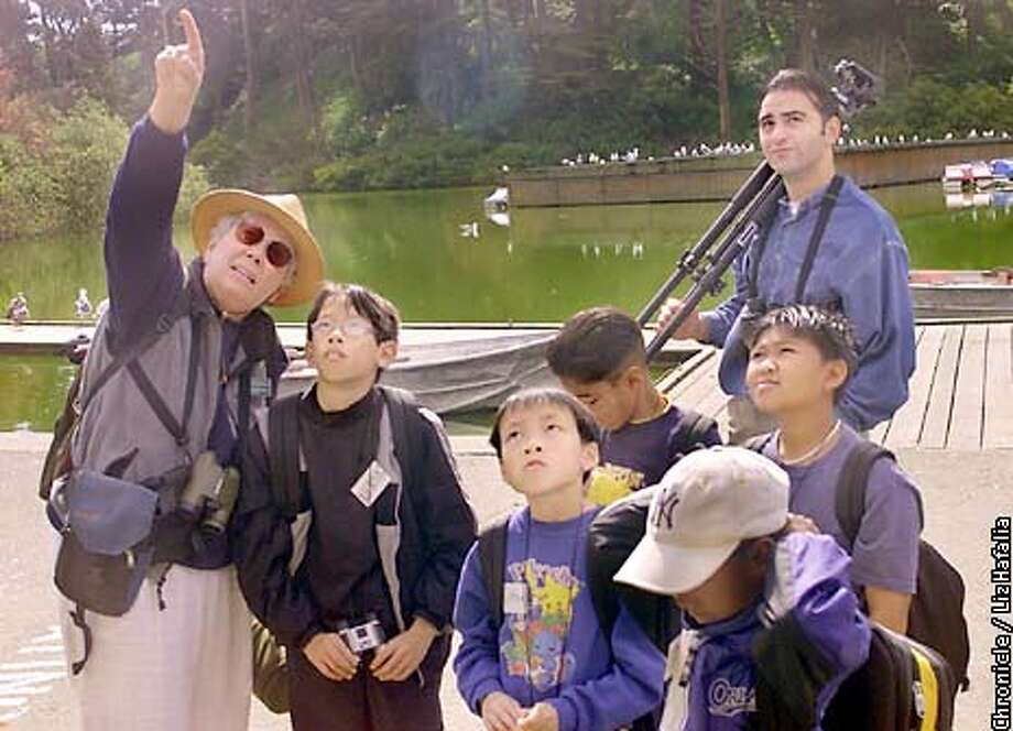 Nancy DeStefanis discovered a heron rookery on Stow Lake in 1993 She is teaching bird identification to a fourth grade class from Sunnyside Elementary for environmental awareness. (PHOTOGRAPHED BY LIZ HAFALIA/THE SAN FRANCISCO CHRONICLE) Photo: LIZ HAFALIA