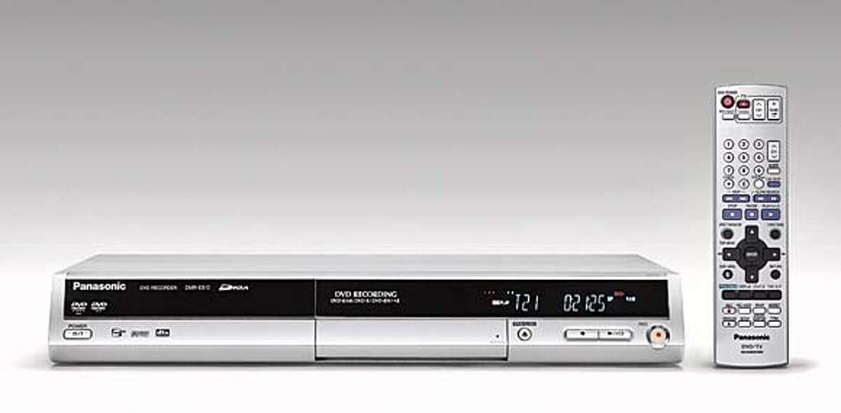 Photo fo DVD recorder, Panasonic DMR-ES10S.
