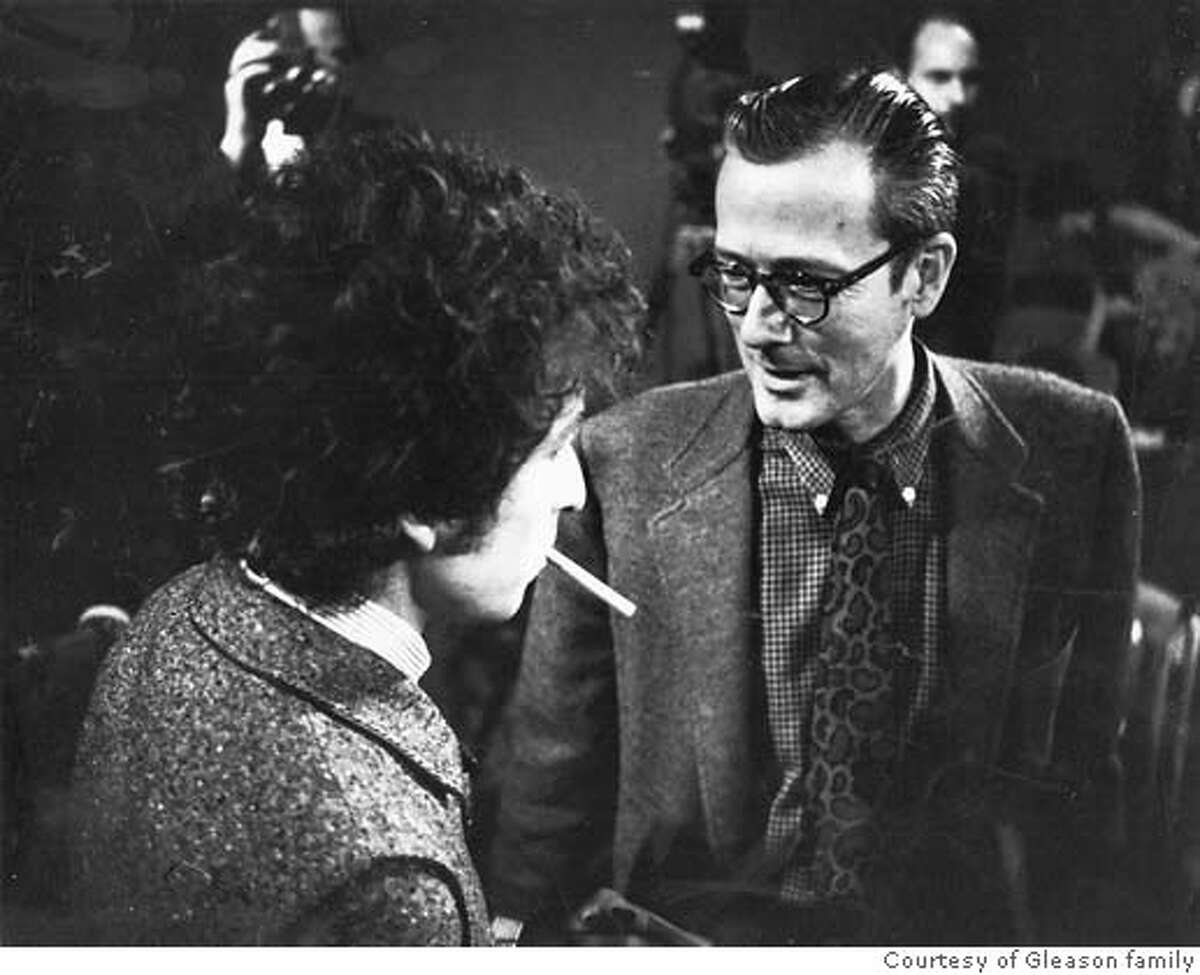 GLEASON.jpg Ralph J. Gleason, Chronicle jazz critic 1950-1975 with Bob Dylan at KQED press conference, 1965. Property of the Gleason family. ONE TIME USE ONLY.