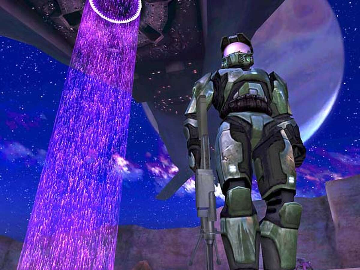 Screenshot of Halo 2 (close encounter of the Halo kind).