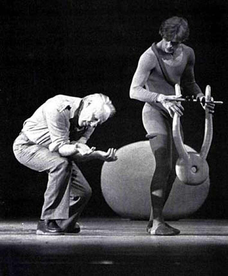 GEORGE BLANCHINE REHEARSES MIKHAIL BARYSHNIKOV IN ORPHEUS IN 1980.
