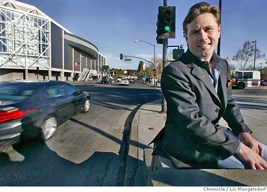 grandprix058_lm.JPG Event on 12/15/04 in San Jose.  Race promoter Don Listwin on Santa Clara Street in front of H-P Pavillion in San Jose. The grand prix car race he is promoting will go along this road in July. Liz Mangelsdorf / The Chronicle MANDATORY CREDIT FOR PHOTOG AND SF CHRONICLE/ -MAGS OUT Photo: Liz Mangelsdorf