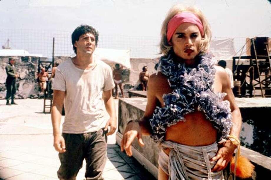 BEFORE-C-18DEC00-DD-HO--Javier Bardem and Johnny Depp in BEFORE NIGHT FALLS.