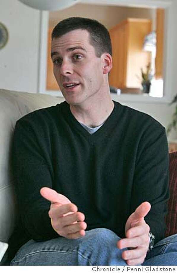 PETERSONXX041PG.JPG interview with jury foreman Steve Cardosi at home. The Peterson reporters are attempting to put together a tic toc of jury deliberations for later in the week. The San Francisco Chronicle, Penni Gladstone  Photo taken on 12/15/04, in Half Moon Bay, CA. Photo: Penni Gladstone