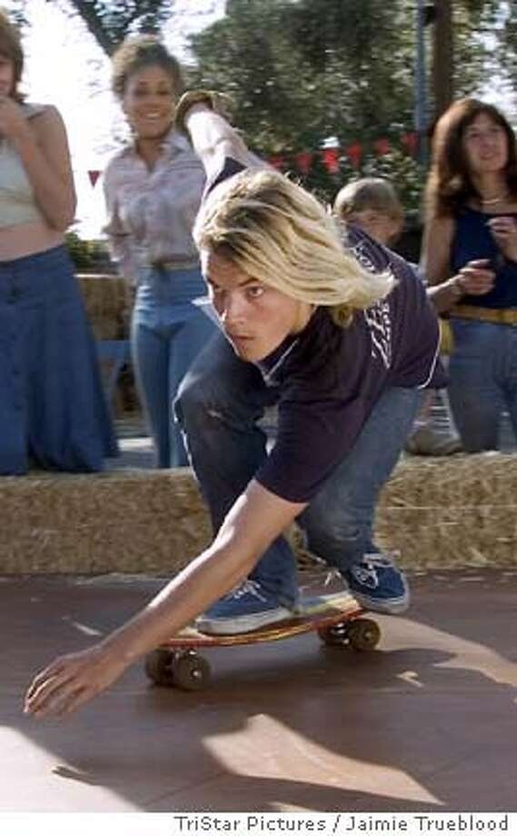 LORDS03 EMILE HIRSCH as Jay Adams skating at Del Mar in TriStar Pictures� LORDS OF DOGTOWN. CR: Jaimie Trueblood