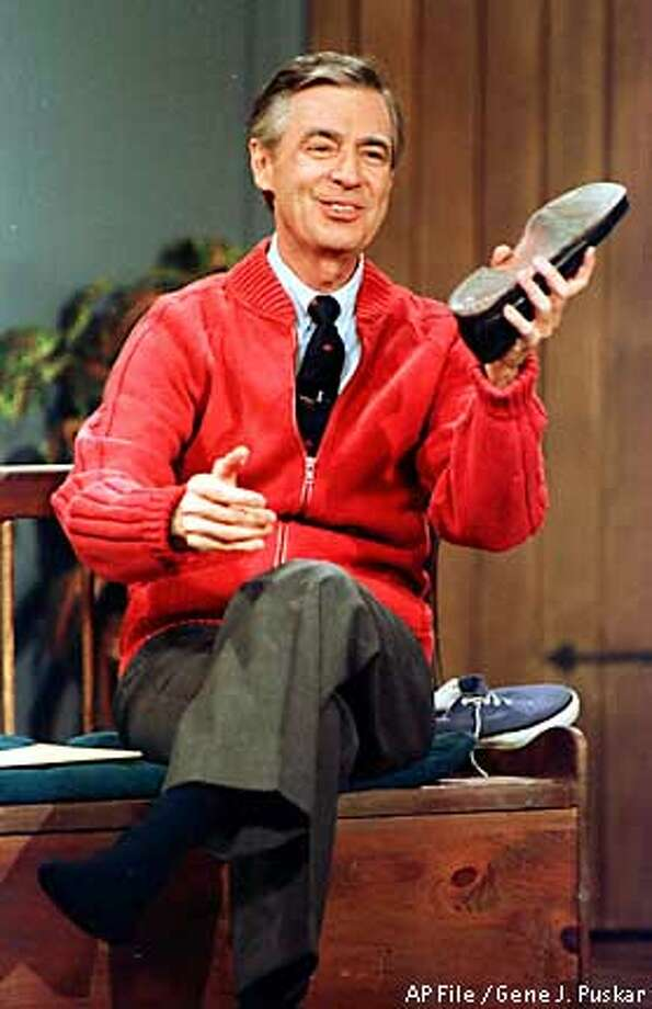 Appreciation Fred Rogers 1928 2003 They Re Mourning In The Neighborhood Sfgate