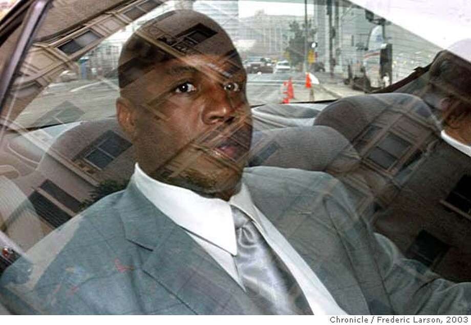 San Francisco Giants star slugger Barry Bonds arrives at the San Francisco Federal Court House to testify before a federal grand jury investigating the suspected distribution of illegal performance-enhancing drugs, December 4, 2003. Bonds, who holds a record six Most Valuable Player awards, testified on Thursday before a federal grand jury investigating a doping scandal around some of the biggest names in sport. Behind closed doors, the grand jury is investigating BALCO, a San Francisco-area firm and its owner, Victor Conte. The U.S. Anti-Doping Agency has pointed to BALCO, which specializes in nutrition supplements and has many top athletes among its clients, as the source of the new designer steroid tetrahydrogestrinone, or THG. REUTERS/Frederic Larson-The San Francisco Chronicle MANDATORY CREDIT FOR PHOTOGRAPHER AND SF CHRONICLE, , NO ARCHIVE, MAGS OUT Giants slugger Barry Bonds arrives at the San Francisco federal court building to testify before a grand jury probing illegal steroid use. Photo caption balco04_PH1070409600X80001San Francisco Giants star slugger Barry Bonds arrives at the San Francisco Federal Court House to testify before a federal grand jury investigating the suspected distribution of illegal performance-enhancing drugs, December 4, 2003. Bonds, who holds a record six Most Valuable Player awards, testified on Thursday before a federal grand jury investigating a doping scandal around some of the biggest names in sport. Behind closed doors, the grand jury is investigating BALCO, a San Francisco-area firm and its owner, Victor Conte. The U.S. Anti-Doping Agency has pointed to BALCO, which specializes in nutrition supplements and has many top athletes among its clients, as the source of the Photo: HO
