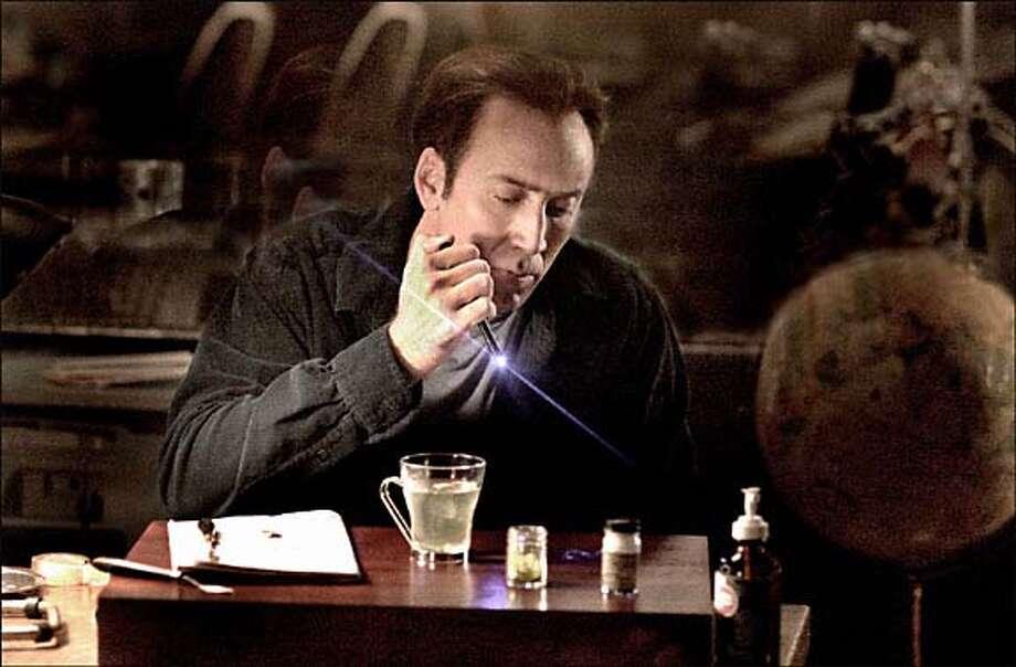 "Scene from the movie, ""National Treasure"" starring Nicolas Cage. Datebook#Datebook#SundayDateBook#11-28-2004#ALL#Advance##0422473788"