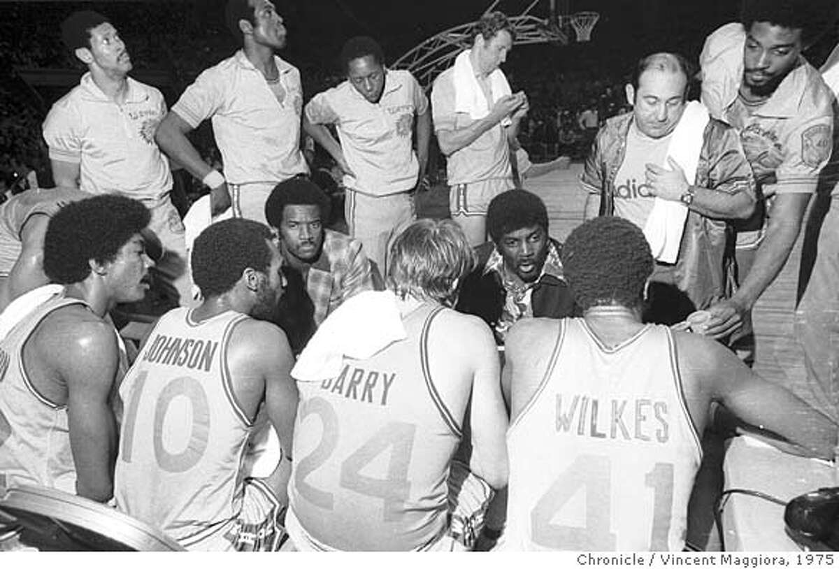 WARRIORS_PH5.JPG Golden State Warriors versus Washington Bullets in Game 2 of the NBA playoffs at the Cow Palace on May 20, 1975. VINCENT MAGGIORA/ SAN FRANCISCO CHRONICLE