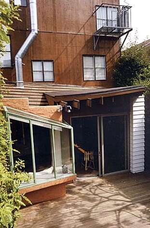 During a remodel of his Bernal Heights home, architect Glenn Lym designed a greenhouse-style bay window overlooking a deck. Photo courtesy of Glenn Robert Lym Architect