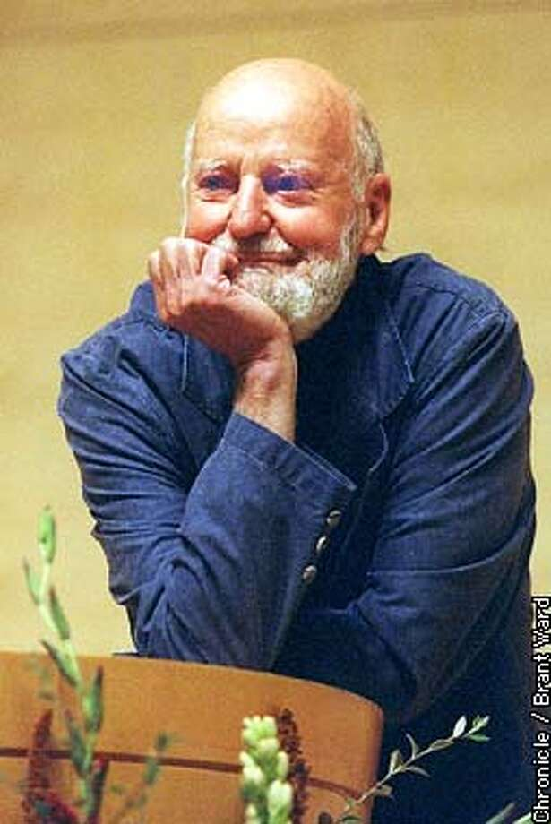 FERLINGHETTI/13OCT98/MN/BW--The new San Francisco poet laureate Lawrence Ferlinghetti politely listened to a heckler interrupt his poetry readings Tuesday night at the main Library. By Brant Ward/Chronicle. Also ran 10/28/2000., 10/12/02 Photo: BRANT WARD