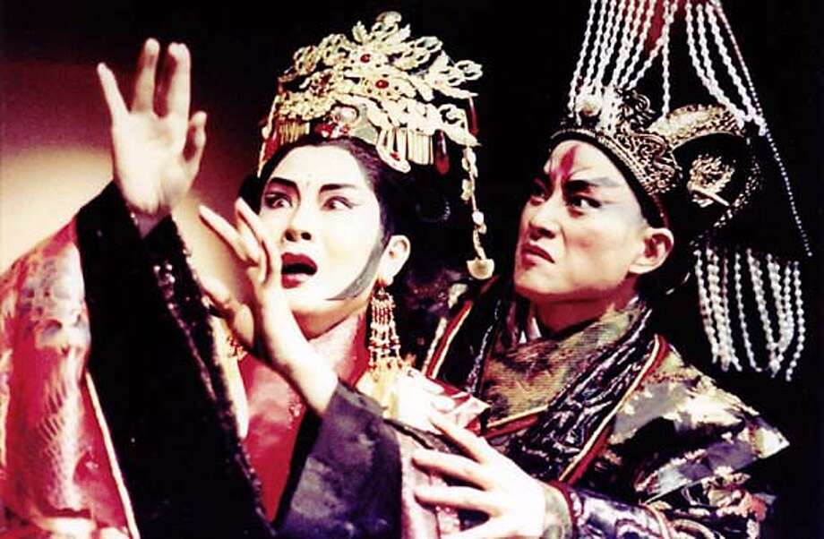"""Wei Hai-Ming and Wu Hsing-Kuo in """"Kingdom of Desire"""" Photo: Dimension Performing Arts"""