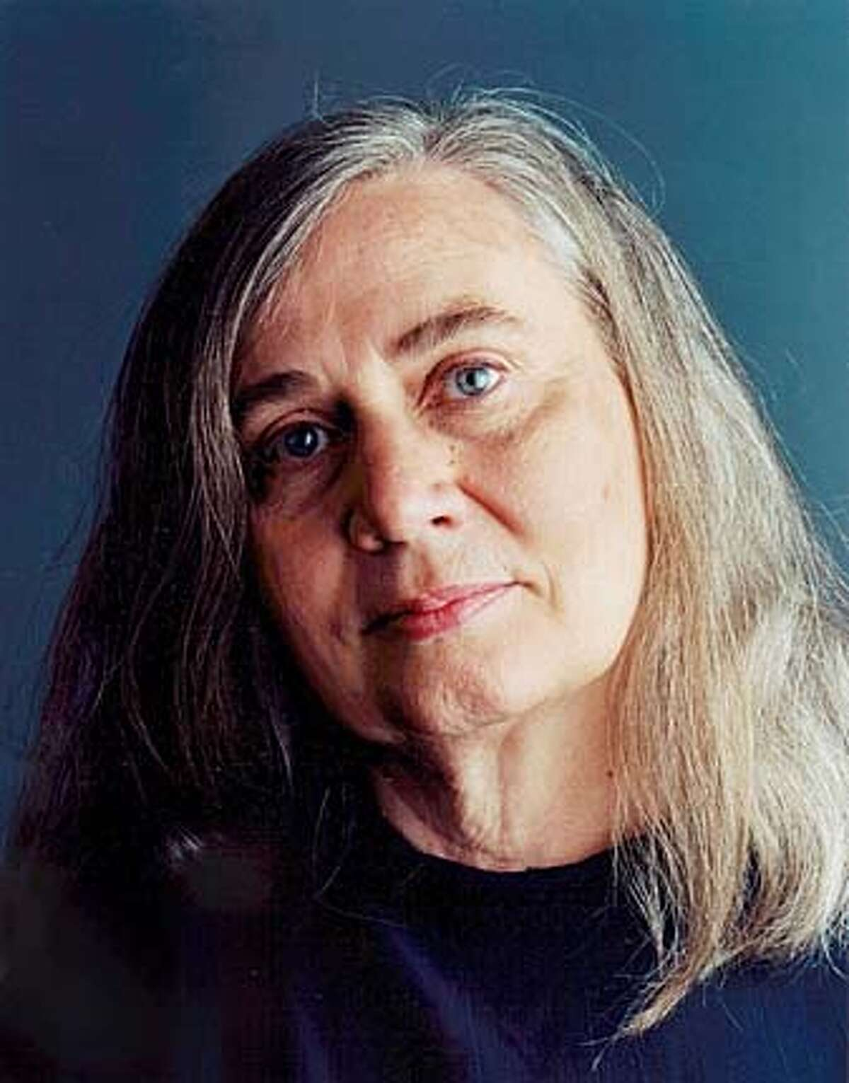 Photo of Marilynne Robinson, BookReview#BookReview#Chronicle#11-21-2004#ALL#Advance#e2#0422464106 BookReview#BookReview#Chronicle#11-21-2004#ALL#Advance#e2#0422464106