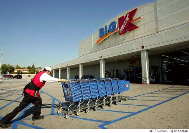 Kmart to buy sears create no 3 retail giant 11 5 for Kmart shirts for employees