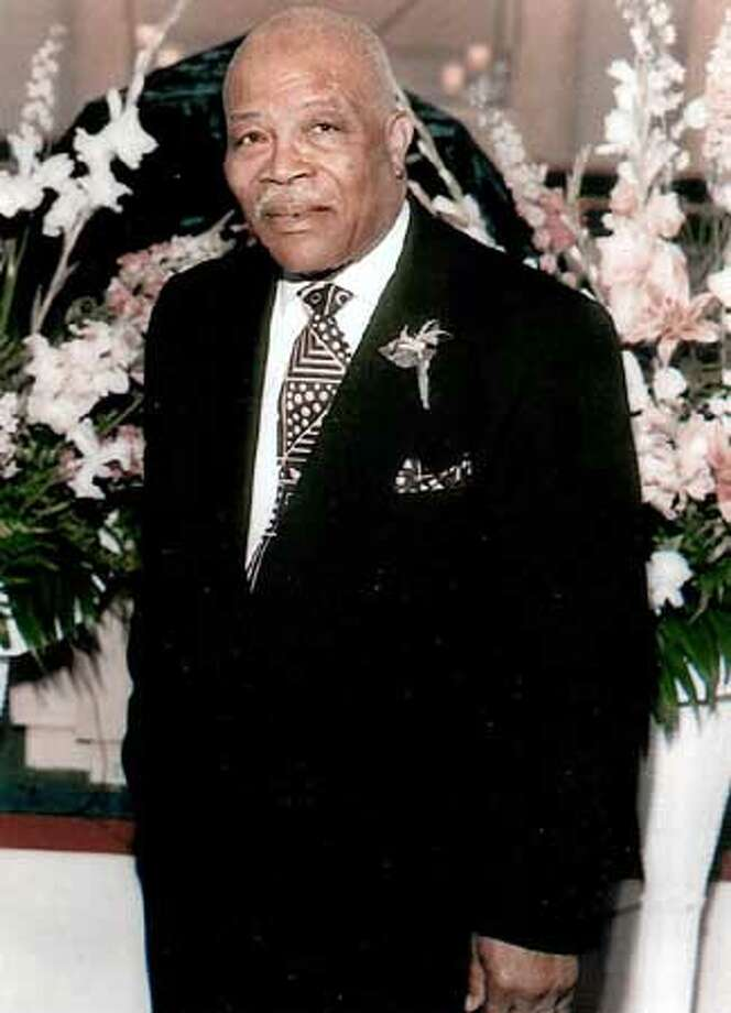Pastor Dr. Rev. Ray Howard passes. After a lengthy illness the long time pastor of Paradise Missionary Baptist Church 2595 San Jose Avenue died on November 09, 2004.