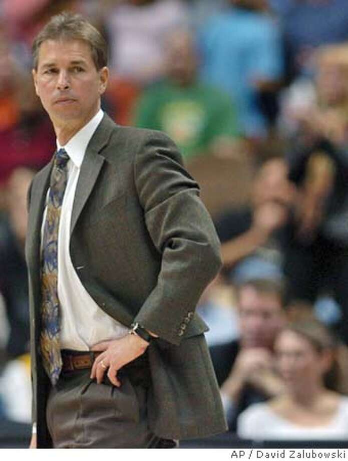 Denver Nuggets head coach Jeff Bzdelik looks on during a time out in the fourth quarter of the Nuggets' 106-88 loss to the Seattle SuperSonics in Denver on Tuesday, Nov. 9, 2004. (AP Photo/David Zalubowski) Sports#Sports#Chronicle#11/14/2004#ALL#2star##0422459381 Photo: DAVID ZALUBOWSKI