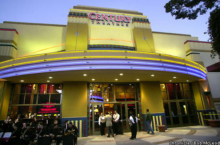 The Bay Area's latest in a growing number of multiplexes is the 12-screen Century Theatres in San Mateo, which opened Friday. Chronicle photo by Bob McLeod
