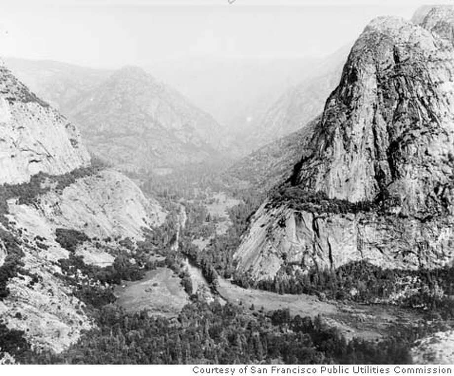 CENTURY25J/B/16APR99/SC/HO--Hetch Hetchy Valley before dam construction, June 17, 1913. PHOTO COURTESY SAN FRANCISCO PUBLIC UTILITIES COMMISSION ... ALSO RAN 8/15/2001 CAT Metro#Metro#Chronicle#11/12/2004#ALL#5star##421803906