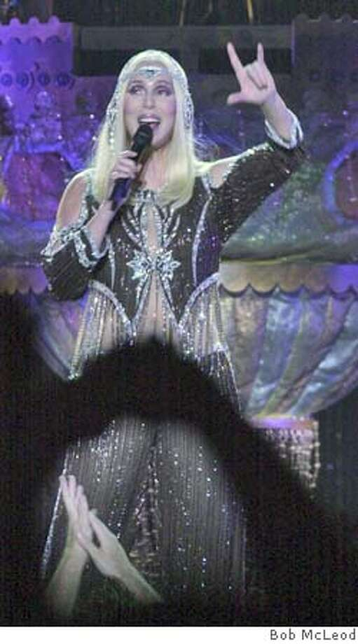 CHER05-C-03AUG02-DD-BM  Cher in concert at the Oakland Arena. nice outfits.  Chronicle photo by Bob McLeod Datebook#Datebook#Chronicle#11/12/2004##Advance##421828694 Photo: BOB MCLEOD