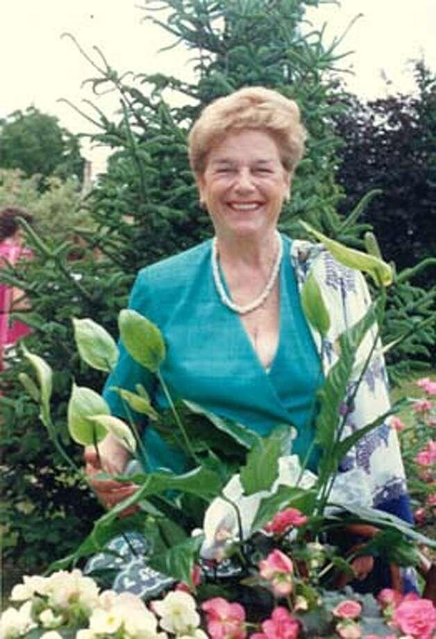 Obituary photos of Ginette Hendry.