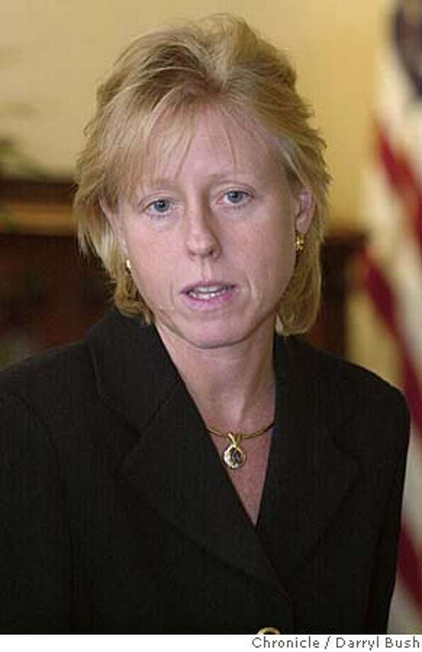 KENNEDY1-C-09OCT01-MT-DB Susan Kennedy, cabinet secretary to Governor Gray Davis talks at cabinet meeting in the governor's office in Sacramento. Chronicle Photo by Darryl Bush ALSO RAN 1/1/03 CAT Business#Business#Chronicle#11/12/2004##5star##422097337 Photo: Darryl Bush