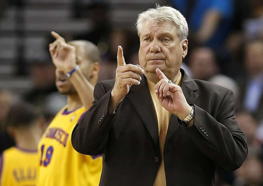 The Warriors head coach Don Nelson switches things up in the 4th quarter as the Golden State Warriors go to beat the Memphis Grizzlies 128-110 in NBA action in Oakland, Calif. on Wednesday Mar. 24, 2010. Photo: Michael Macor, The Chronicle