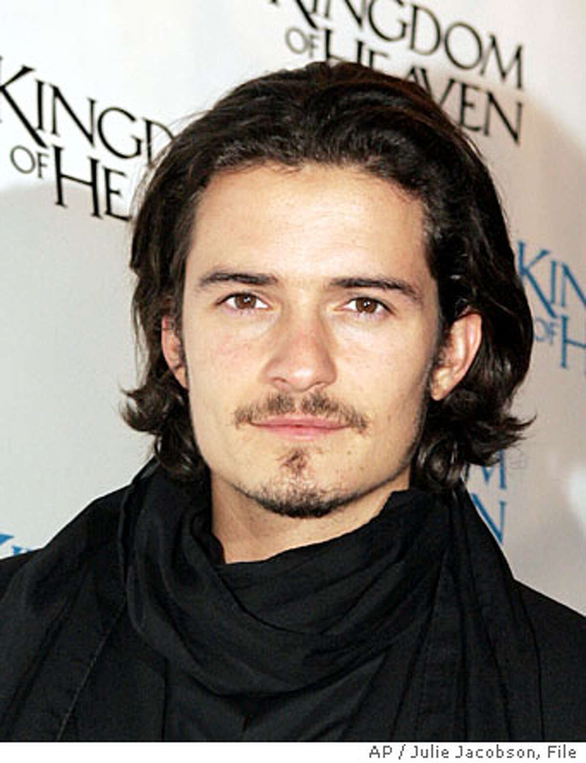 Orlando Bloom poses for photographers before watching the premiere of the movie ' ' Wednesday, May 4, 2005 in New York. (AP Photo/Julie Jacobson)
