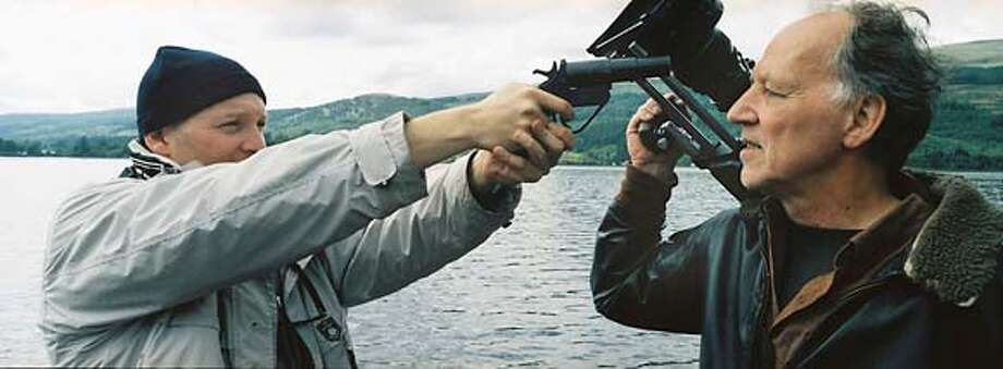 "Zak Penn confronts Werner Herzog in ""Incident at Loch Ness,"" a spoof documentary. Datebook#Datebook#Chronicle#11/04/2004##Advance##0422433973"