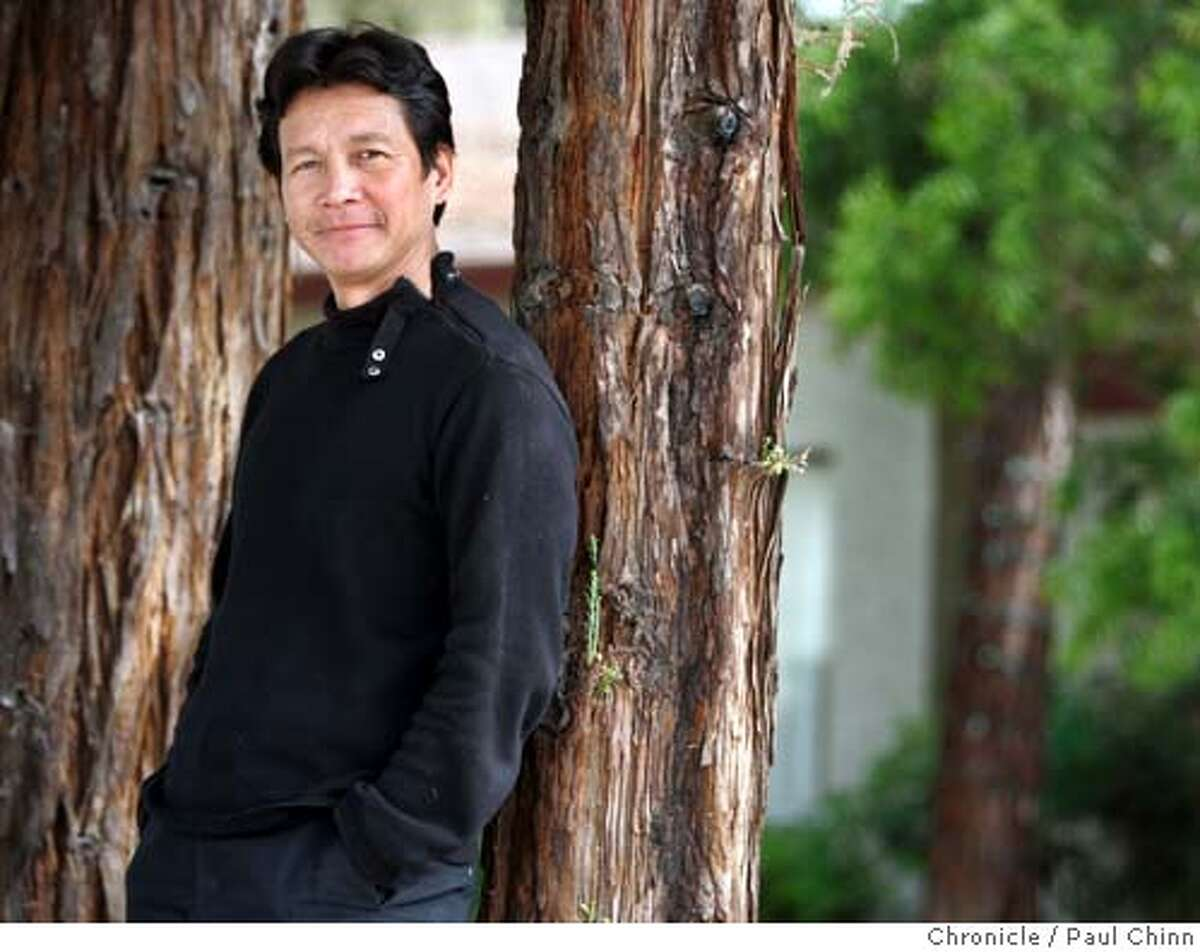 duong30_008_pc.jpg Vietnamese actor Don Duong on 4/26/05 in San Jose, CA. Duong, the