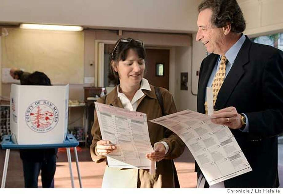 Democratic incumbent Ira Ruskin voting at a Redwood City fire station with his wife, Cheryl. � Shot on 11/2/04 in Redwood City. LIZ HAFALIA/The Chronicle Photo: Liz Hafalia