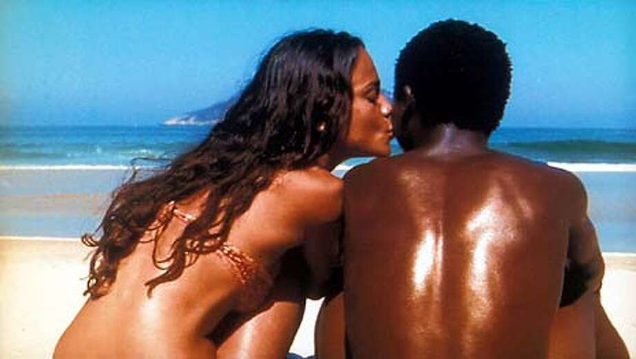 Alexandre Rodrigues and Alice Braga in Fernando Meirelles�s CITY OF GOD. Photo Courtesy: Miramax Films  HANDOUT PHOTO/VERIFY RIGHTS AND USEAGE Photo: HANDOUT