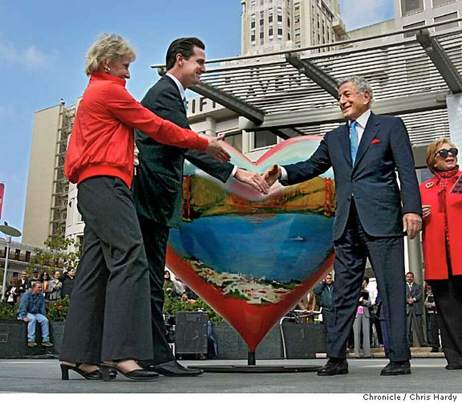 102504_hearts_024.jpg  Tony Bennett shakes hands with Gavin Newsom and Nancy Bechtel after he unveiled the heart he designed for the hearts of San Francisco benefit San Francisco,CA on 10/25/04  San Francisco Chronicle/Chris Hardy MANDATORY CREDIT FOR PHOTOG AND SF CHRONICLE/ -MAGS OUT Living#Living#Chronicle#10/31/2004#ALL#2star-dot#E5#0422431768 Photo: Chris Hardy