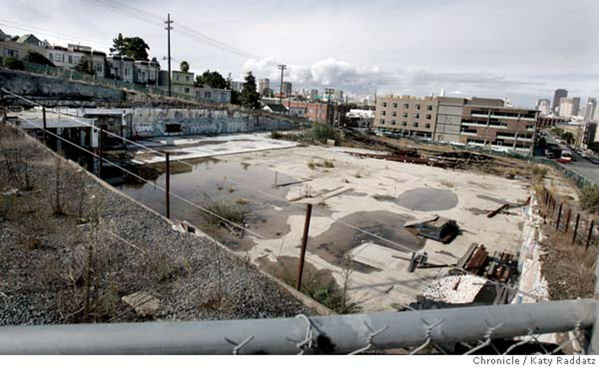 DESIGN24_rad.jpg Story about housing development in San Francisco's design district. SHOWN: 450 Rhode Island. Now it's a hole in the ground, but there are plans for a Whole Foods store and condos. One can see downtown in the background, and lower Potrero Hill all around. Katy Raddatz / The Chronicle
