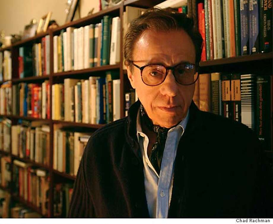 Author and filmmaker Peter Bogdanovich poses at his New York home Wednesday, Oct. 20, 2004. (Photo/Chad Rachman) DIGITAL IMAGE Living#Living#Chronicle#10/31/2004#ALL#Advance#F1#0422425142 Photo: CHAD RACHMAN