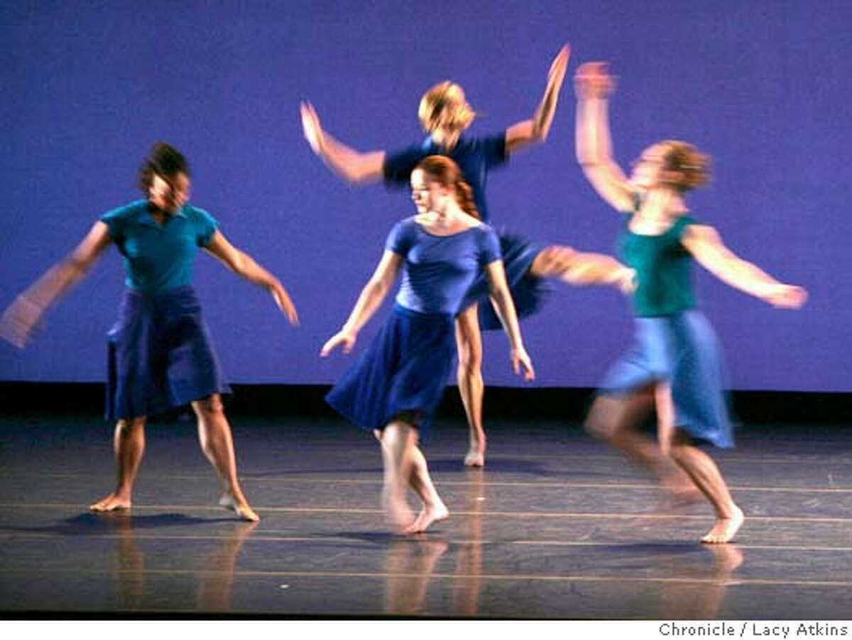Mark Morris Ballet Co. performs the Rock of Ages, Oct. 28,2004.Dancers are (NOT IN ORDER) Amber Darragh, Rita Donahue, Julie Worden, Michelle Yard. LACY ATKINS/SAN FRANCISCO CHRONICLE Datebook#Datebook#Chronicle#10/30/2004#ALL#Advance##0422438516