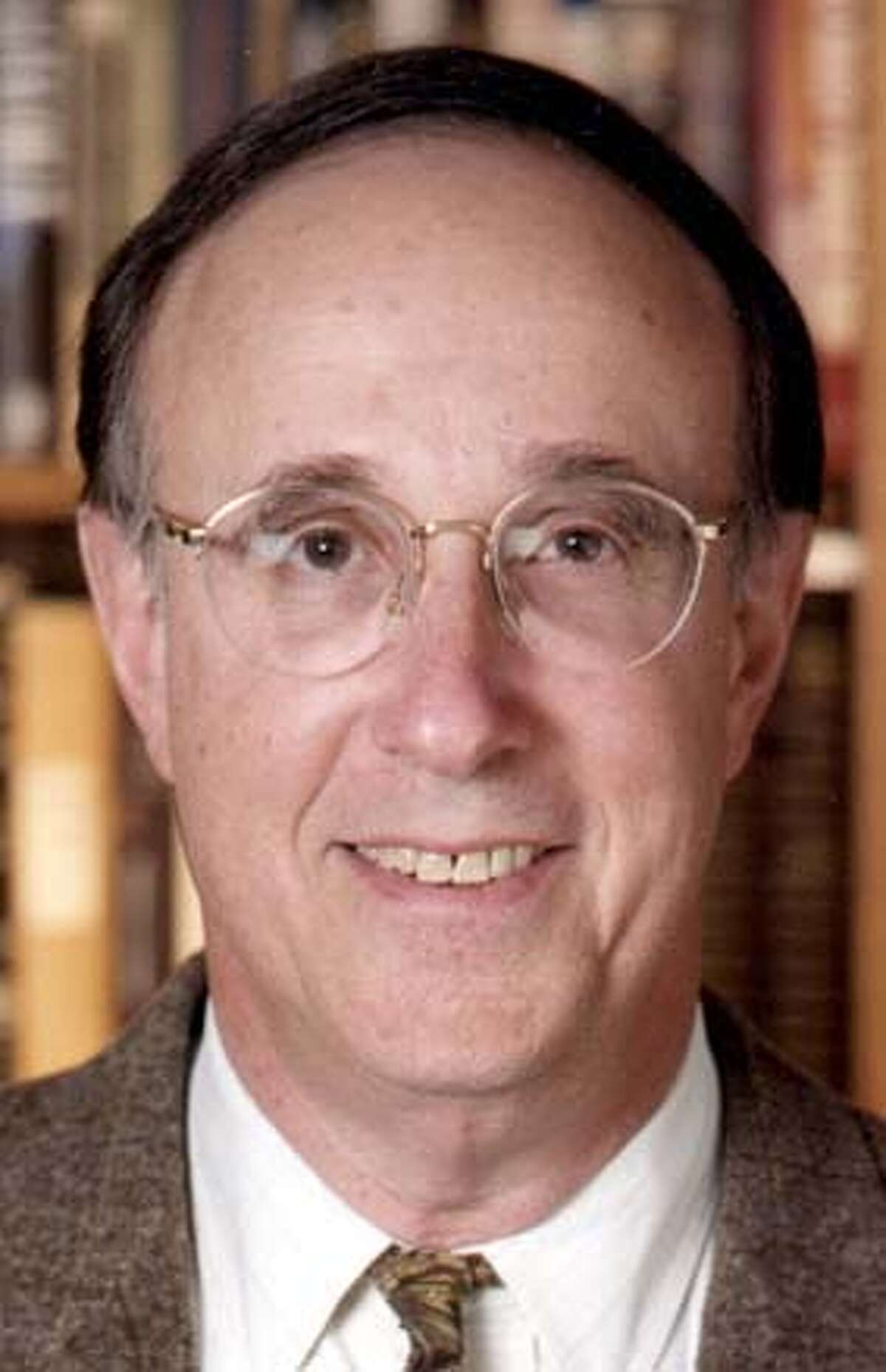 .JPG Richard H. Kohn�� � Chair, Curriculum in Peace, War, and Defense Professor of History� �� � University of North Carolina at Chapel Hill / HO MANDATORY CREDIT FOR PHOTOG AND SF CHRONICLE/ -MAGS OUT ##Chronicle#10/29/2004####0422437705